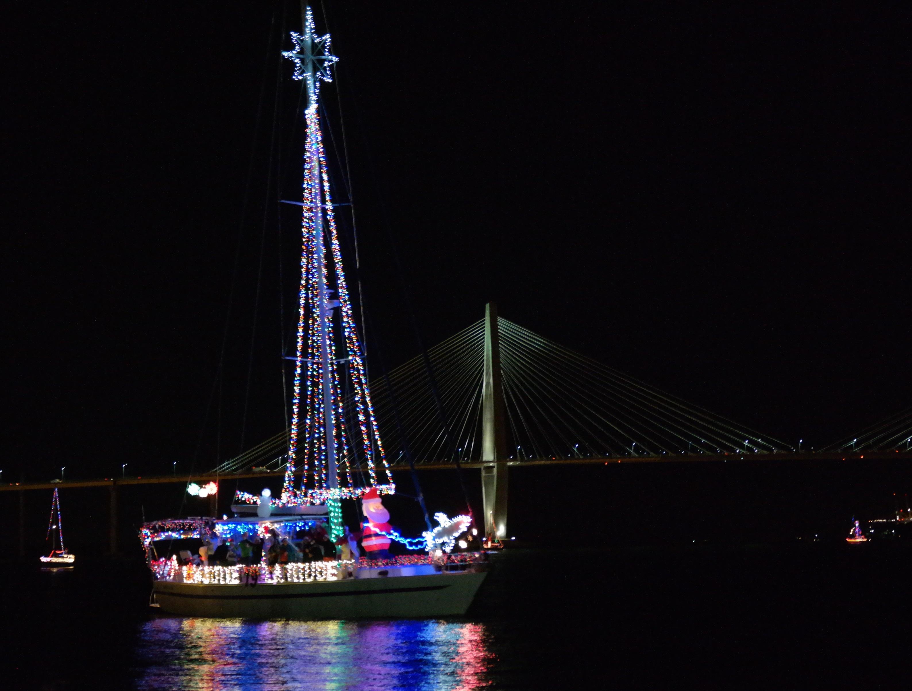 Charleston Christmas Parade 2020 Holiday Parade of Boats | Charleston's premiere on the water
